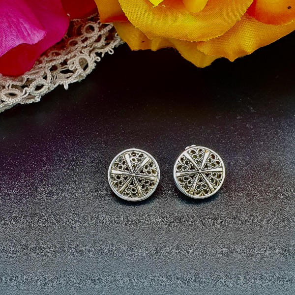 ***SOLD***Vintage Filigree Button Earrings